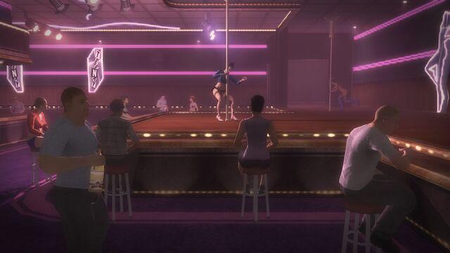 File:Tee'N'Ay - dancers floor seating in Saints Row 2.jpg