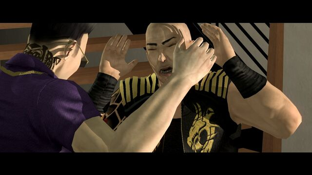 File:Bleeding Out - Gat hits Jyunichi in the head.jpg