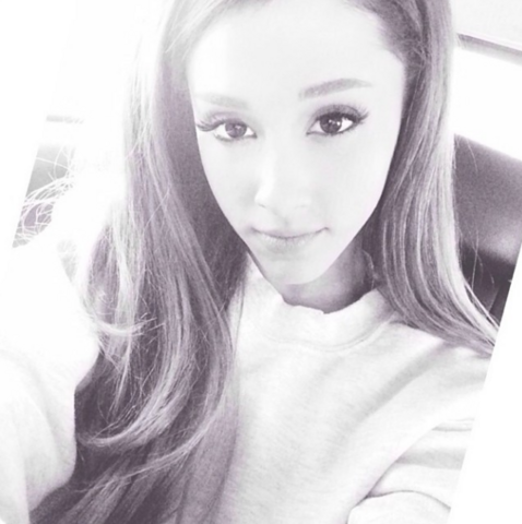 File:Ariana Grande on March 16, 2014.png