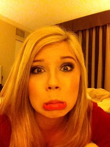 File:Jennette doesn't take life too seriously.jpg