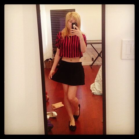 File:Jennette girly meets circus - May 13, 2013.jpg