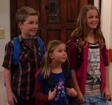 Jarvis, Daisy & Sophie - BabysitterWar