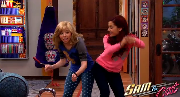 File:Sam and Cat dancing in first promo.png