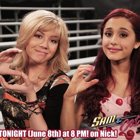 File:Jennette and Ariana S&C - June 8, 2013.jpg