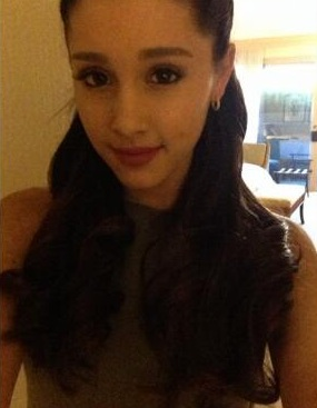 File:Ariana with her new colored brown hair.jpg