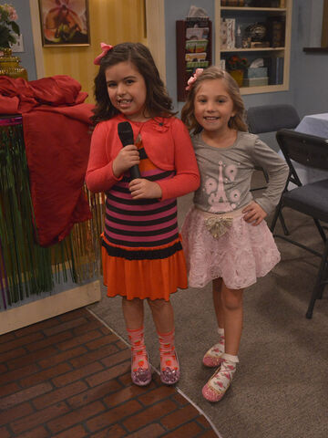 File:Ruby and Gwen holding a microphone.jpg