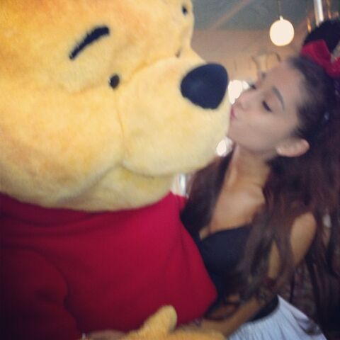 File:Ariana kissing Pooh Bear Jan 20, 2013.jpg