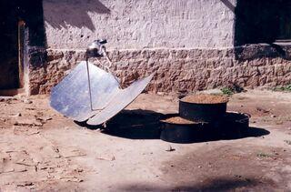 Solar tea kettle