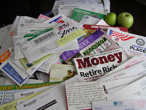 File:Facing Foreclosure with A Sea of Mail.jpg