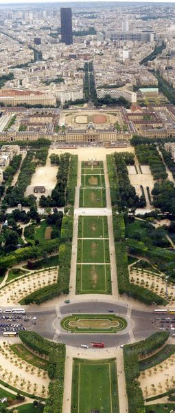 Eiffel.tower.cdmars.arp