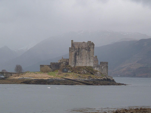 File:Eilean Donan Castle Scotland.jpg