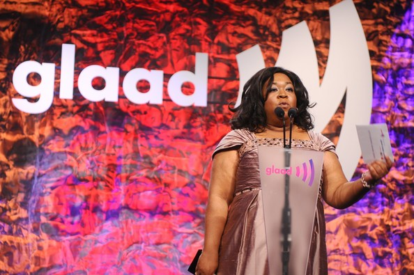 2012 Annual GLAAD Awards - Shonda Rhimes 03