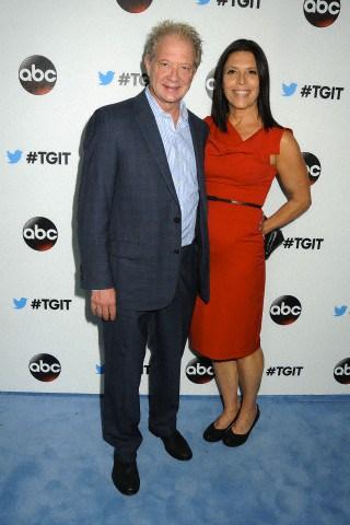 File:2014 LA TGIT Premiere Event - Jeff and Linda 02.jpg