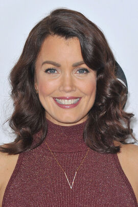 2016 TCA Panel - Bellamy Young 02