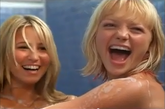 File:Rachel and Hannah Seeing Double Shower scene.png