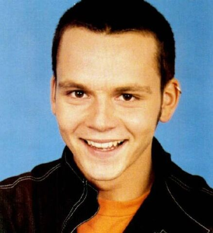 File:6. Paul Cattermole from S Club 7.jpg