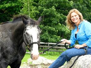 Suzanne Weyn and horse