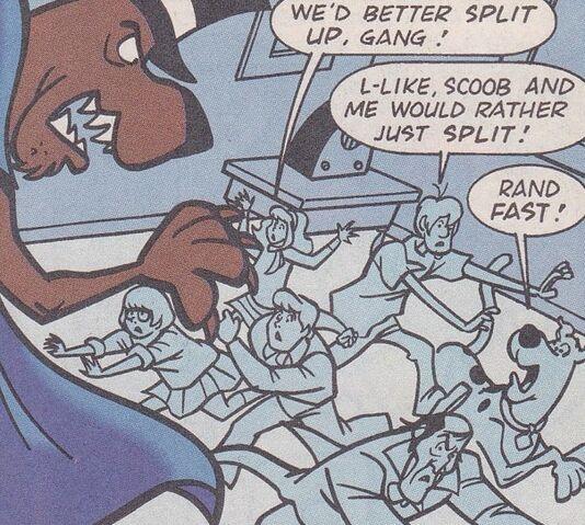 File:Gang run from Ghost of Spooky-Doo.jpg