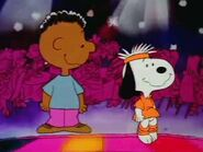 Its-flashbeagle-charlie-brown-670064l