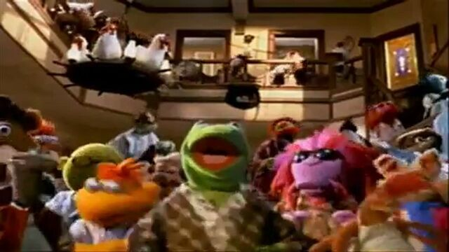 File:EGtyaTJ0MTI= o critique-blu-ray-muppets-from-space.jpg