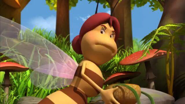 File:Wood the Worker-Bee.jpg