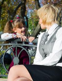 File:54eab853b5072 - 03-mom-and-kid-talking-1.jpg