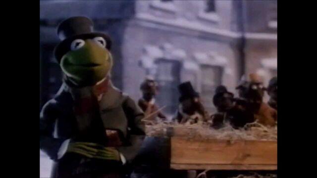 File:The Muppet Christmas Carol 1993 VHS Trailer.jpg