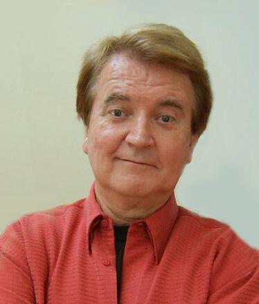 Dave thomas red shirt