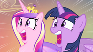 Twilight and Cadance screaming S4E11