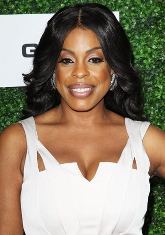 File:Niecy-nash-2014-essence-black-women-01.jpg