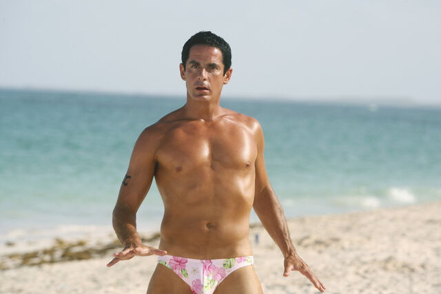 File:8x14 Todd on the beach.jpg