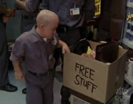 File:3x16 Free Stuff Box.png
