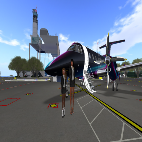 File:Steph und Babsi - White Star Airfield-01.png