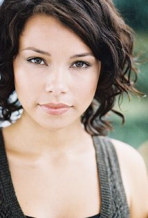 File:Jessica parker kennedy.png
