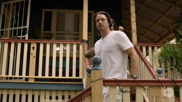 File:Australian Series-1x01-17.jpg