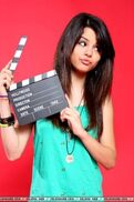 Selena Gomez 16046 140
