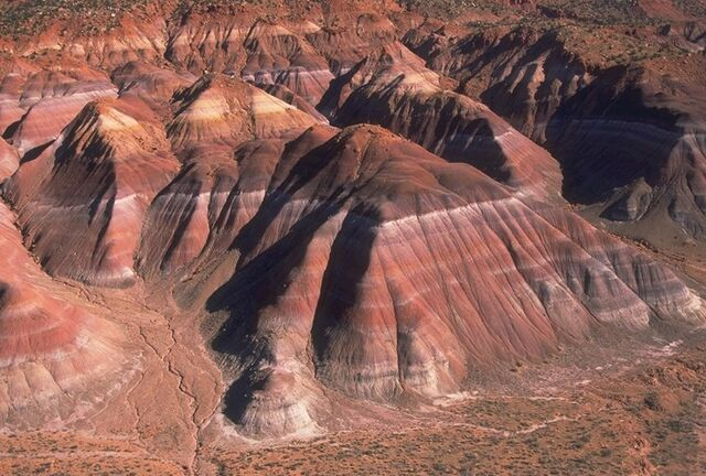 File:Chinle Badlands.jpg