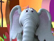 Horton puppet