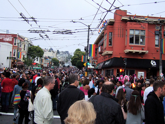 File:Castro crowd.jpeg