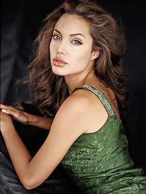File:Angelina jolie1a 300x400.jpg