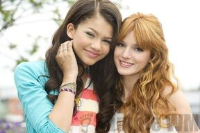 91288 Preppie Bella Thorne and Zendaya Coleman posing for a photo shoot on a hotel in Munich 19 122 416lo
