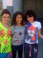 Zendaya-with-SelenaGomez-and-JenniferStone