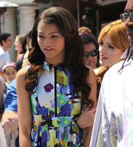 Zendaya+Coleman+Bella+Thorne+Zendaya+Interview+BE2hSXk9NUHl