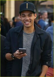 Roshon-fagen-new-song-he-produced-and-wrote-05