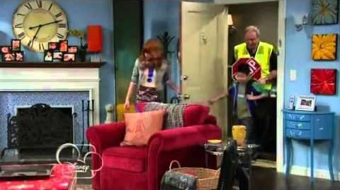 Shake.It.Up.S02E17.Weird.It.Up