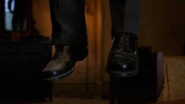 File:Shawshank-brooks-hang.png