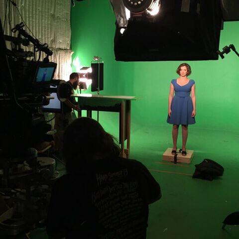 File:Crazy Ex Girlfriend 1x01 Behind the scenes photo 1.jpeg
