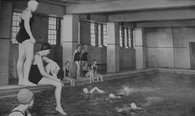 File:Swimming pool 1949 flipped.jpg