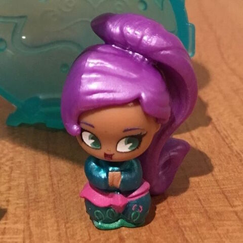 File:Shimmer and Shine Zeta the Sorceress Toy Figure.jpg
