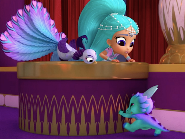 File:Shimmer and Shine Roya the Peacock in Untamed Talent 2.png